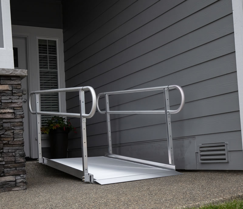 Gateway Ramp with Handrails 4ft